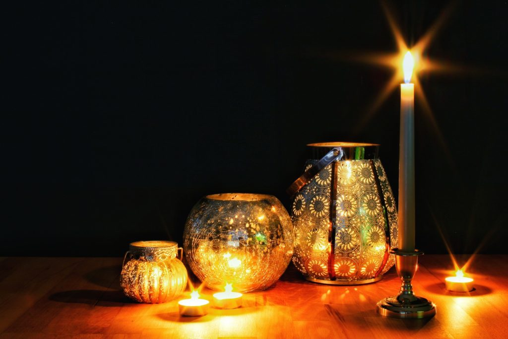 candles-3493575_1920